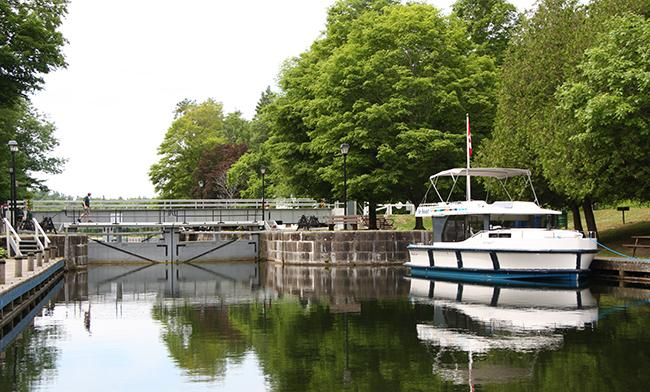 Le Boat Houseboat rental on the Rideau Canal in Ontario, Canada