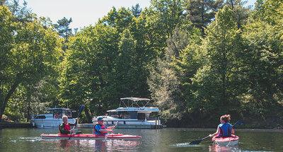 Kayak au poste d'éclusage de Chaffey's