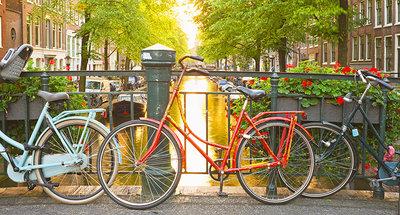 Découvrez Amsterdam à vélo