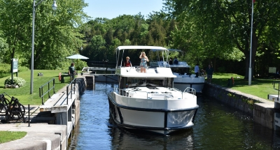 Cruising through the locks on the Rideau Canal with Le Boat