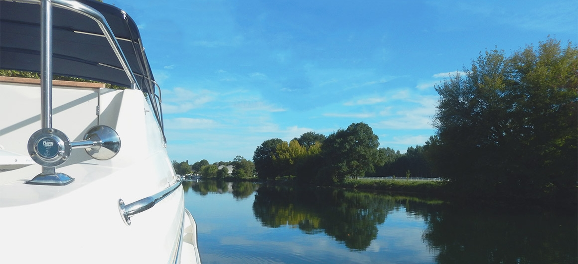 Angled shot of Le Boat in Charente
