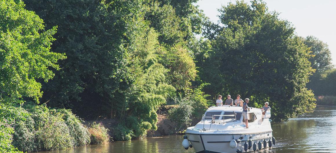 Famille sur un bateau, Bretagne