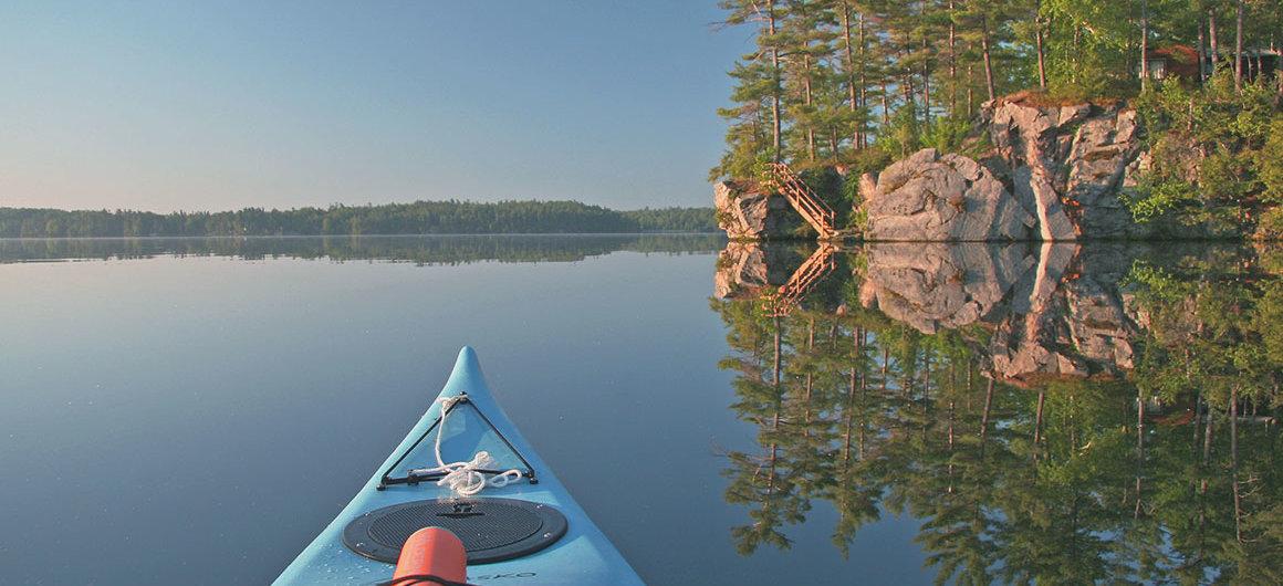 Canoë sur le Big Rideau Lake, Canada